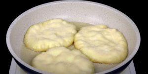 Лепешки, которым не нужно мясо, чтобы быть вкусными: готовлю и с начинкой, и без нее 1