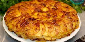 prosto-kartofel-luk-i-moloko-a-poluchaetsya-ochen-vkusno-i-originalno-kartofel-bulanzher-1